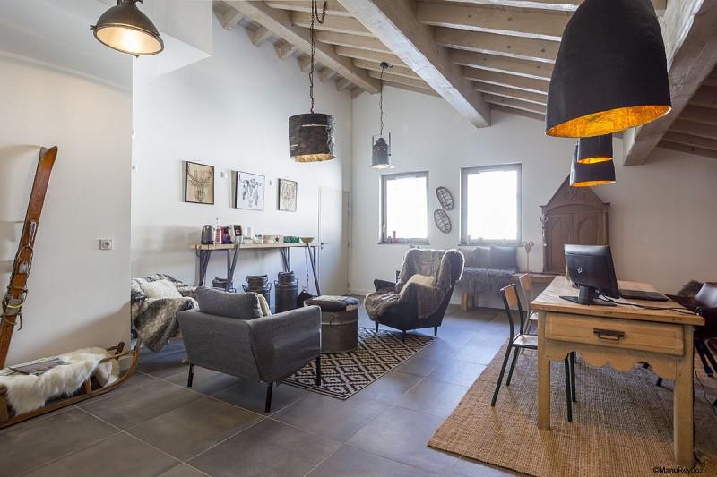 reception-residence-440292-440385-47347