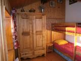 chambre avec lits superposes