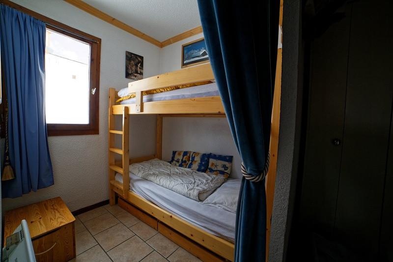 Cabine, Studio cabine CR09A