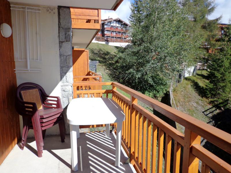 balcon-appartement-NV008-la-rosiere-vue-1