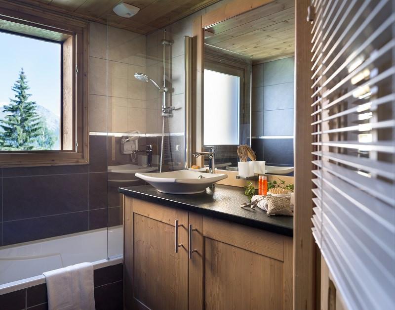 cgh-lodgehemera-salle-de-bain-location-la-rosiere