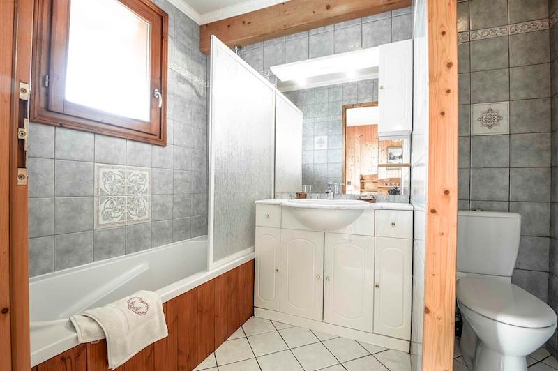 La Rosière location chalet-ourson-salle-de-bain1-1951774
