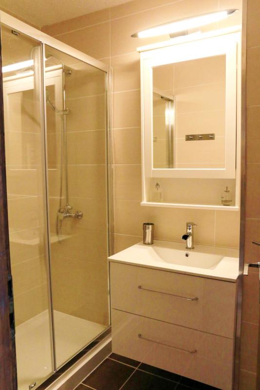 cro2f-salle-de-bain-1-1996486