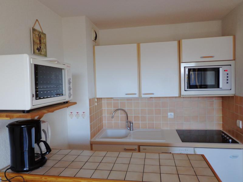 cuisine-appartement-NV008-la-rosiere-vue-1