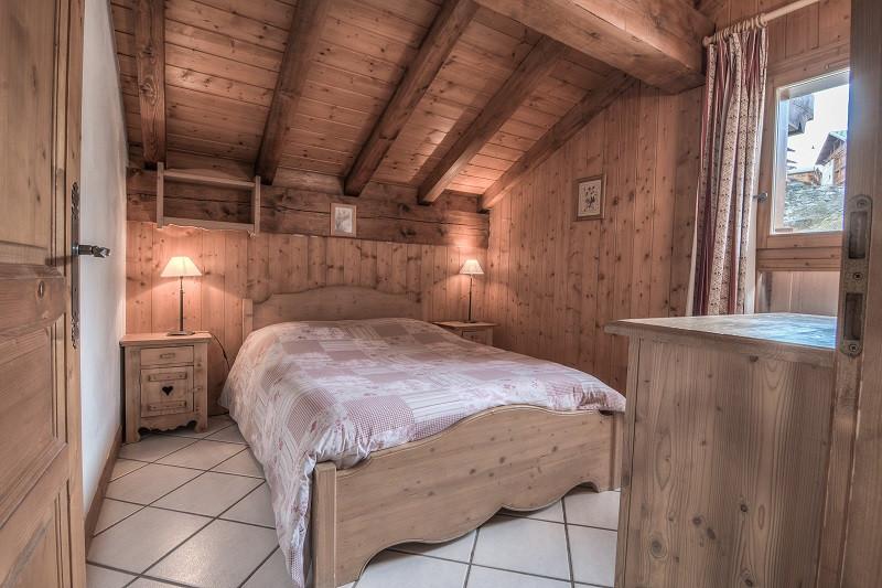 chambre-2-CHRI1-appartement-la-descente