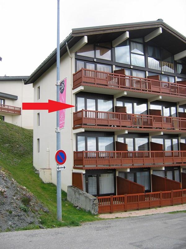 Extérieur résidence, Studio cabine CR09A