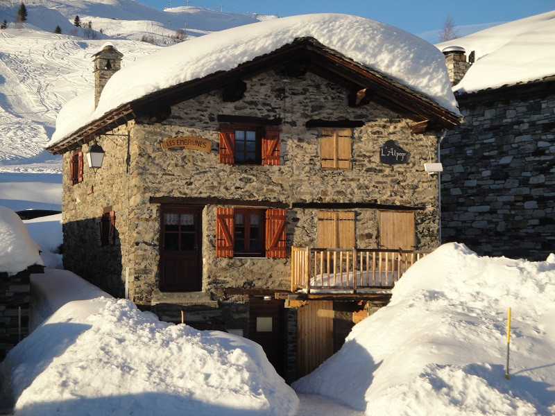 exterieur-hiver-chalet-d-alpage-EU001-la-rosiere