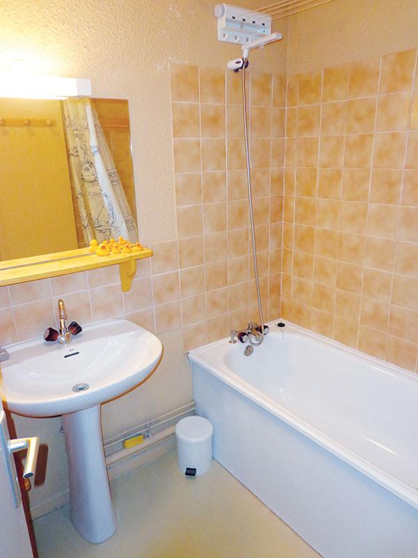salle-de-bain-studio-TR718