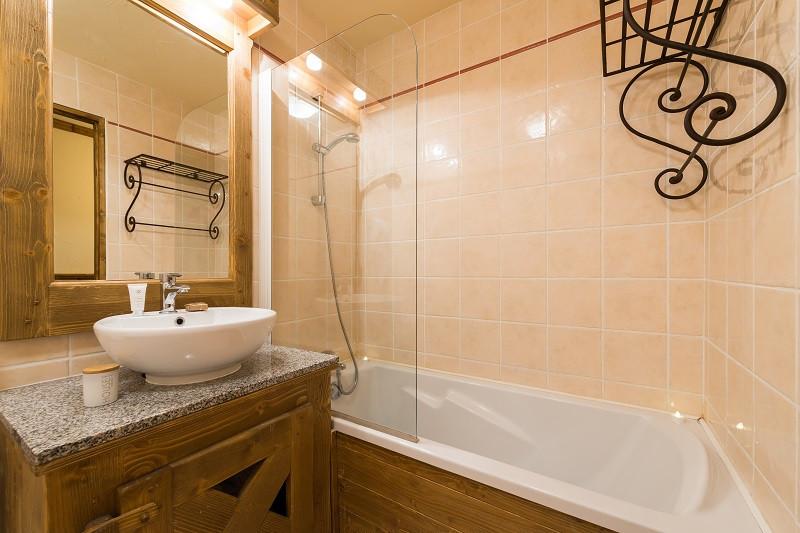 Salle de bain, Appartement APT6A8