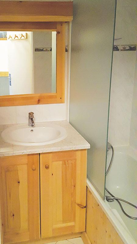 van202-salle-de-bain-241650