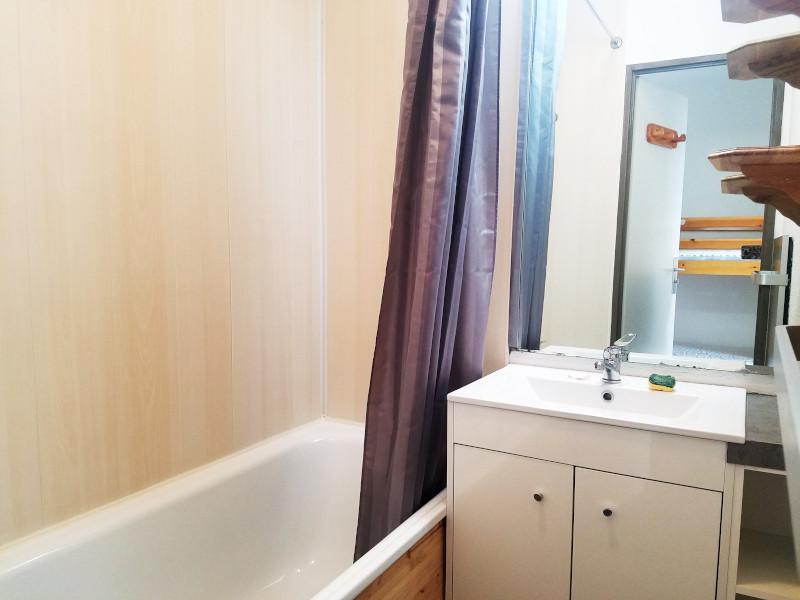 van207-salle-de-bain-1952160