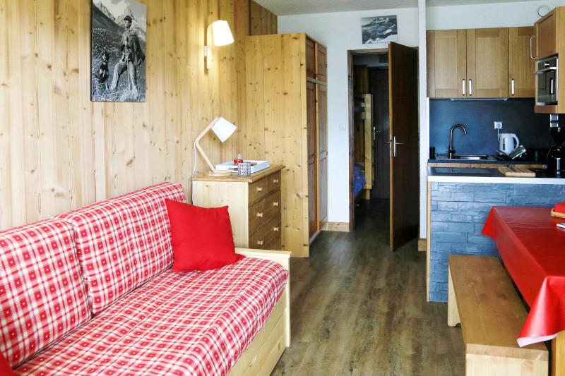 Séjour, Appartement CR02F, vue 1
